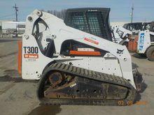 2010 Bobcat T300 (RS)
