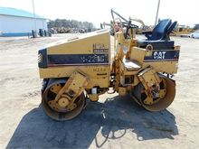 2005 CATERPILLAR CB-224C