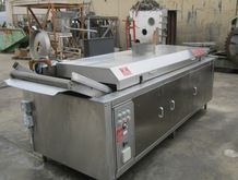 Superior Fryer, Mdl CF 250, 30""