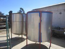 Used Tank, 650 Gallo