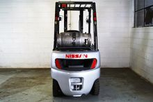 2001 Nissan