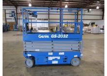 Used Genie GS2032 in