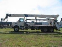 2005 National 900A Mobile Crane