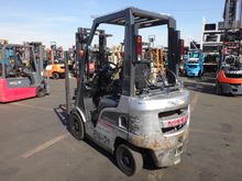 2013 NISSAN TRUCK USED NP1F1A15