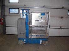 Used 2005 GENIE GR12