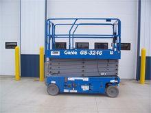 Used 2013 GENIE GS32