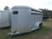 2012 S & H Duster 3 Horse