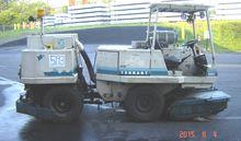 2012 Tennant 550