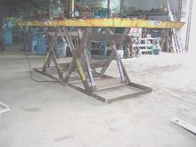 AUTOQUIP POWER LIFT TABLE 6'X14
