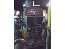 BRIDGEPORT4HP SERIES II MILLING