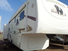 2008 FOREST RIVER 30LSTS