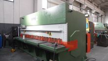 "GUILLOTINE SHEAR HYDRAULIC ""GAD"