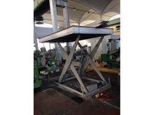 Hydraulic lifting table 3 tons