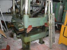 REIS 40 TON mold test press