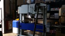 Workshop press 150 ton