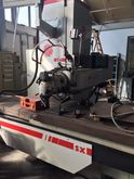 Huron milling machine with fixe