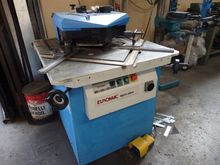 Punching machine with punching