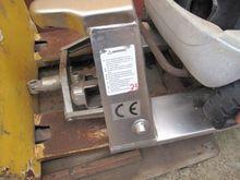 Manual pallet truck Pramac