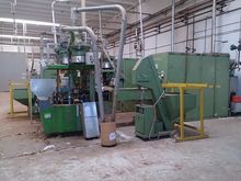 Glueing machine for spumante co