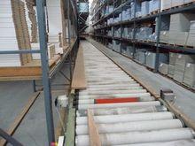 Motorized roller conveyor belt