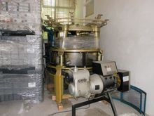 Spinning machine and compressor