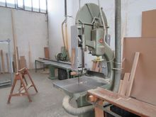 Primultini vertical band saw