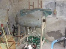 Used Mixers and hois