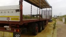 1990 Curtainsider semi-trailer