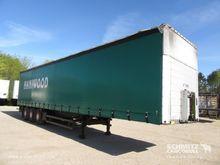 2002 Schmitz Cargobull Curtains