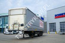 2010 Schmitz Cargobull Curtains