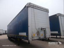 2013 Schmitz Cargobull Curtains