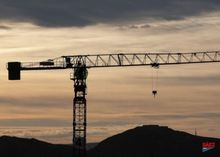 2008 Saez S60 Tower Cranes
