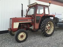 I H 444 SWEET LITTLE TRACTOR