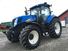 2011 New Holland T7030 ONLY 390