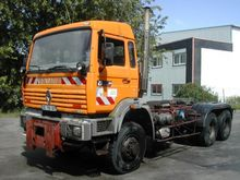 1994 Renault G 340 Maxter Tract