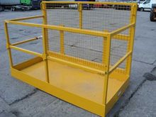 2011 JCB SLEWTIC TRAY 3 PERSON