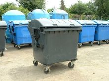 CONTAINERS FOR WASTE USED 1100