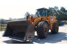 2001 Hyundai HL770 LOADER with