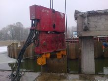 2010 Used PVE 2 x 100T open pis