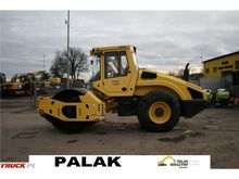 Used 2010 Bomag Roll