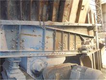 1974 Makrum 40.17 jaw crusher w