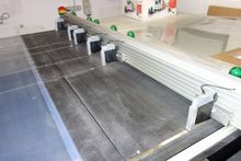 Cutting table with suction (spe