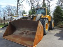 Used 2012 VOLVO L250
