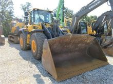 Used 2015 VOLVO L120