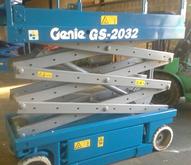 Used genie 1932 2004