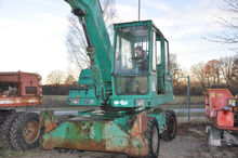 Used Liebherr 911 in