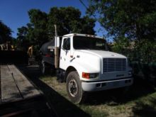 Used Box trucks for sale  International and Freightliner