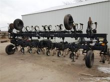 Used YETTER 4193 in