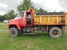 Used 1994 FORD LTL90
