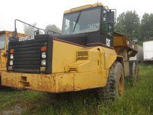 1998 CATERPILLAR D250E